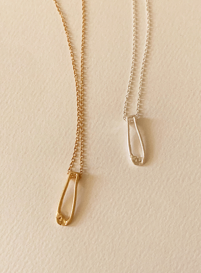 rough linear necklace (2 colors) (Allergy free)