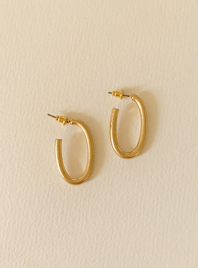 smooth ring earring (2 colors) (Allergy free)