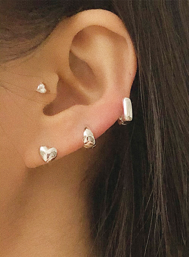 (Silver 925) peachy heart earring (2 colors)