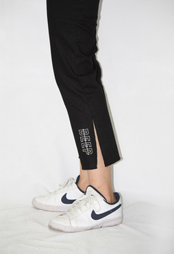 DEEP LOGO - SLIT COTTON PANTS (BLACK)