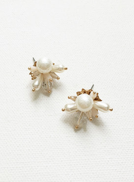 ice flake earring (Allergy free)
