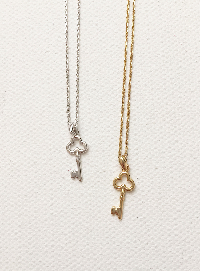key necklace (2 colors) (Allergy free)