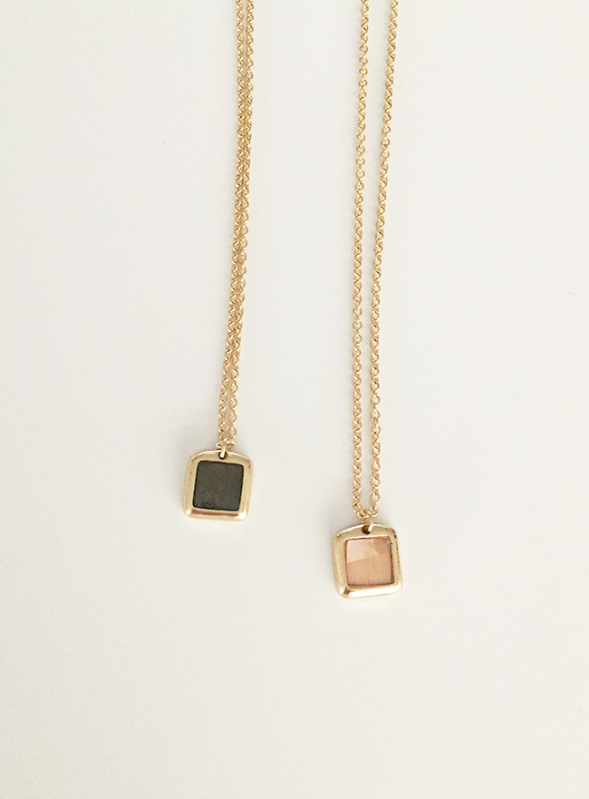 mini nacre necklace (자개, 2 colors) (Allergy free)