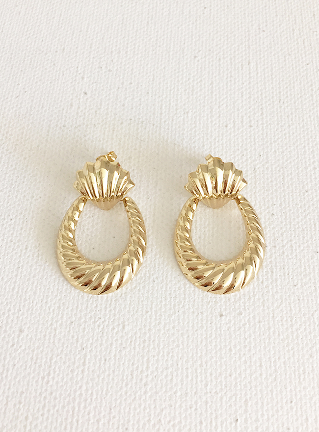 (Silver 925 & 16k Gold plating) boldy seashell earring