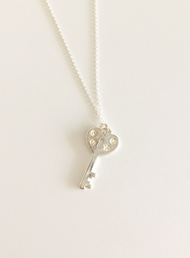 [무료배송] (Silver 925) silver cle necklace