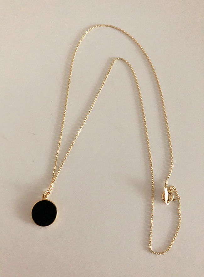 (Silver 925 & 18k Gold plating) black necklace