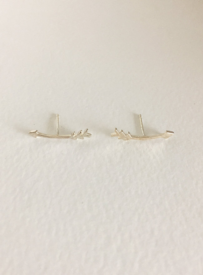 (Silver 925) arrow earring