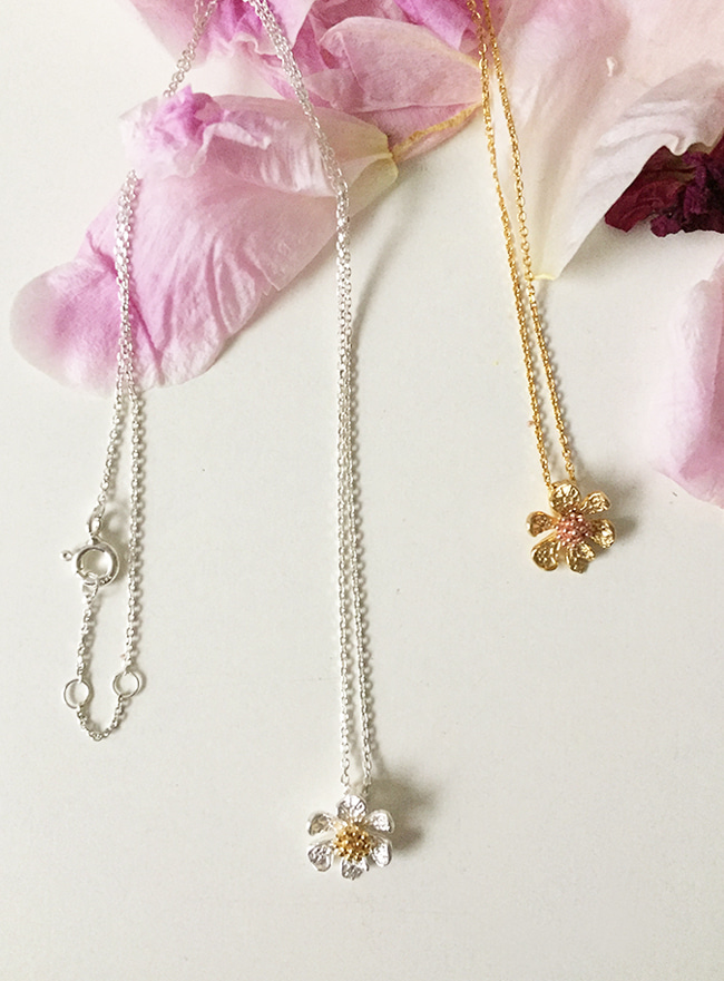 (Silver 925) flower necklace (2 colors)